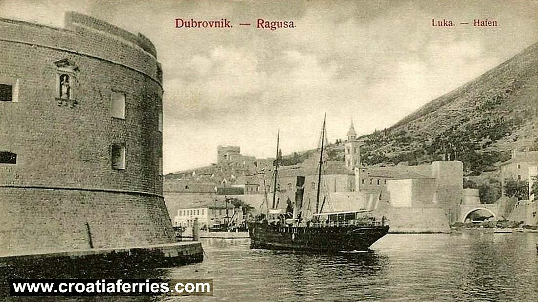 dubrovnik-port-steamboat1920s
