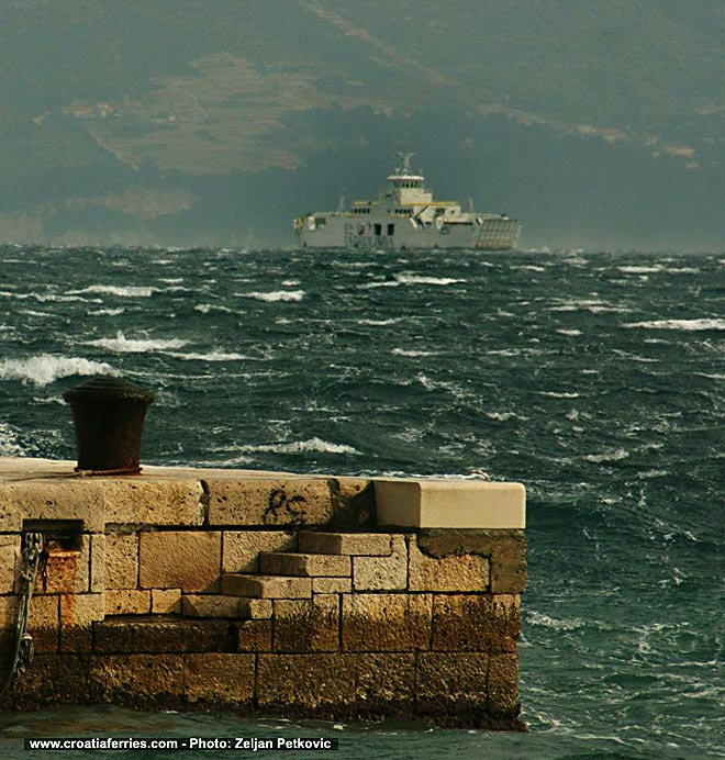 ferry-buraDec2012