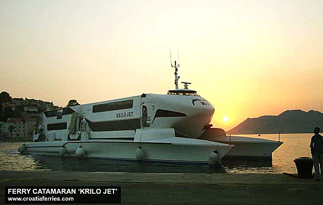 photo of ferry catamaran Krilo Jet arriving in ferry port