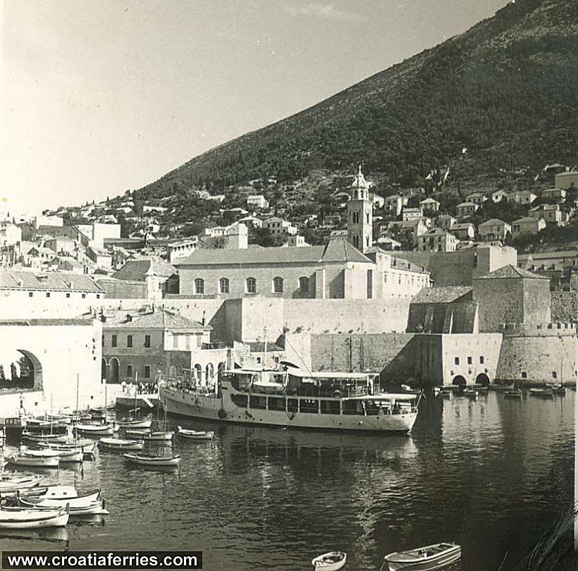 ferry-takovo1960s